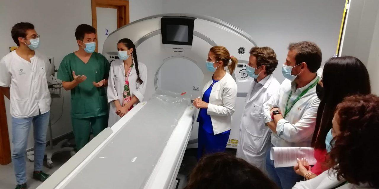 El Hospital de Jaén instala el segundo de los tres nuevos TAC