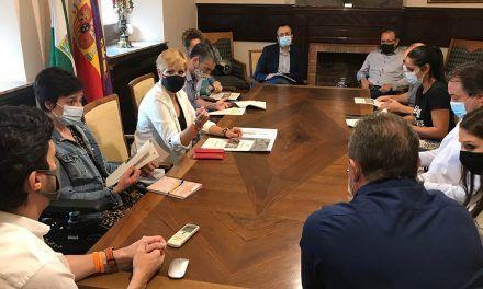 El Ayuntamiento recaba del Colegio de Periodistas de Jaén la adhesión e implicación social del colectivo con el Plan Colce