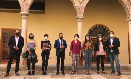 Las casas gemelas de Jabalcuz abren sus puertas a cuatro jóvenes artistas plásticas de Jaén