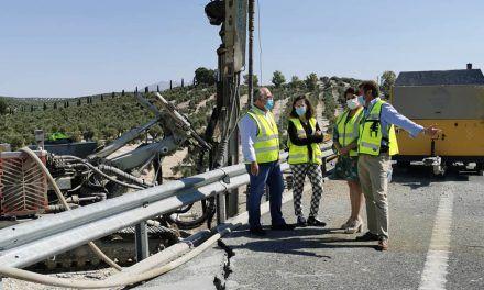 Fomento interviene con urgencia para corregir un deslizamiento en la Autovía del Olivar