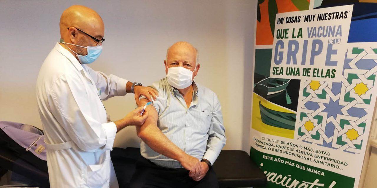 Arranca la vacunación antigripal en personas a partir de 65 años de edad