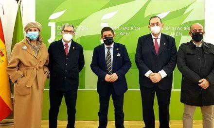 Francisco Reyes recibe en el Palacio Provincial al nuevo presidente de la Agrupación de Cofradías de Jaén