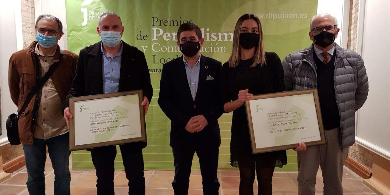Francisco Reyes entrega a Laura Velasco y Juan Armenteros los Premios de Periodismo y Comunicación de la Diputación