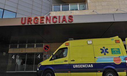 El Hospital de Jaén instala nuevas puertas automatizadas como medida frente al Covid-19