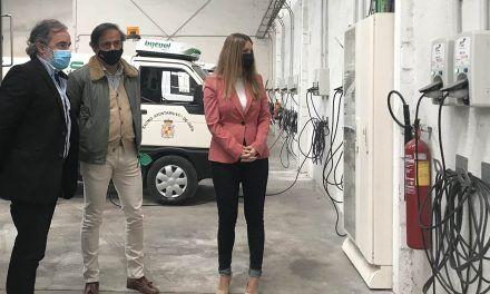 El Ayuntamiento de Jaén pone en valor la optimización de la flota eléctrica del servicio de limpieza viaria y jardines