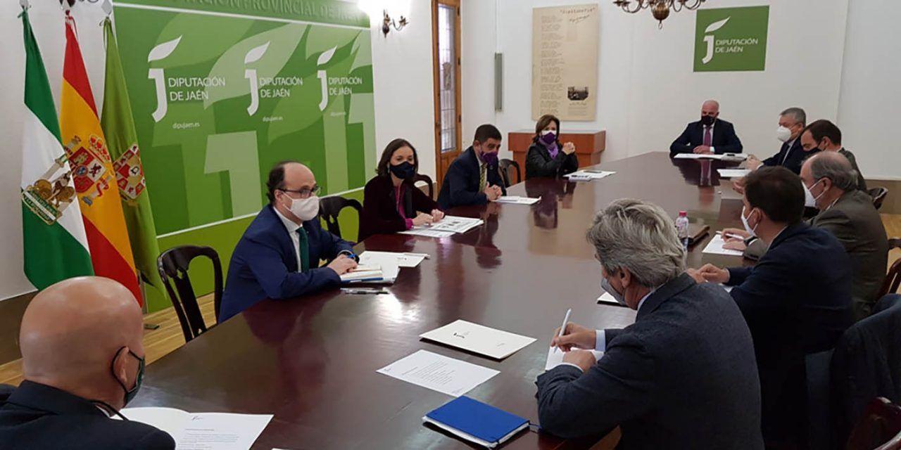 """Maroto y Reyes abordan con industrias envasadoras de aceite de oliva la """"buena noticia"""" de la supresión de los aranceles en EE UU"""
