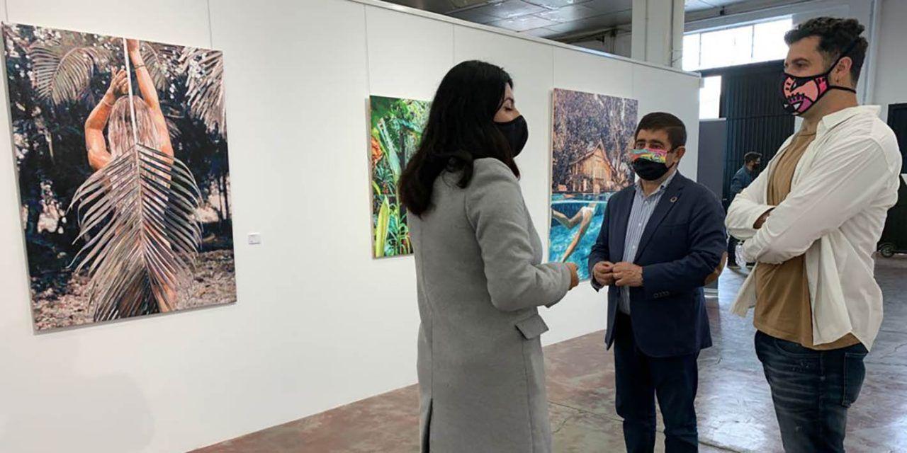 El presidente de la Diputación conoce el proyecto cultural Rampa, impulsado por el artista Belin