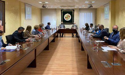 El Rector destaca el compromiso manifestado por la Junta de Andalucía a la implantación del Grado en Medicina en la Universidad de Jaén