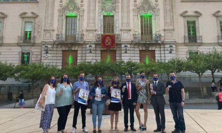 La fachada del Palacio Municipal se ilumina de verde con motivo del Día Nacional del Donante de Órganos