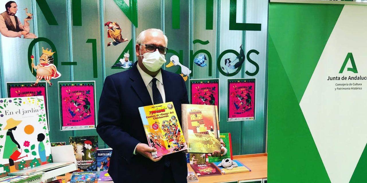 La Consejería de Cultura destina 65.000 euros a la compra de libros en 17 bibliotecas de la provincia