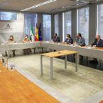 """Marifrán Carazo ratifica ante colectivos de Jaén el """"compromiso firme"""" de la Junta con el tranvía"""