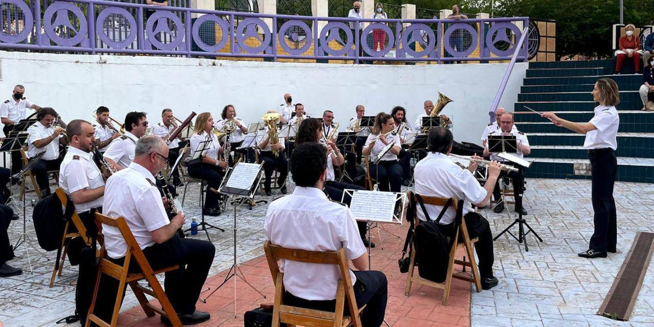 Los jardines del Moneo se abren mañana a un ciclo de conciertos de la Banda municipal de Música para amenizar las noches de verano