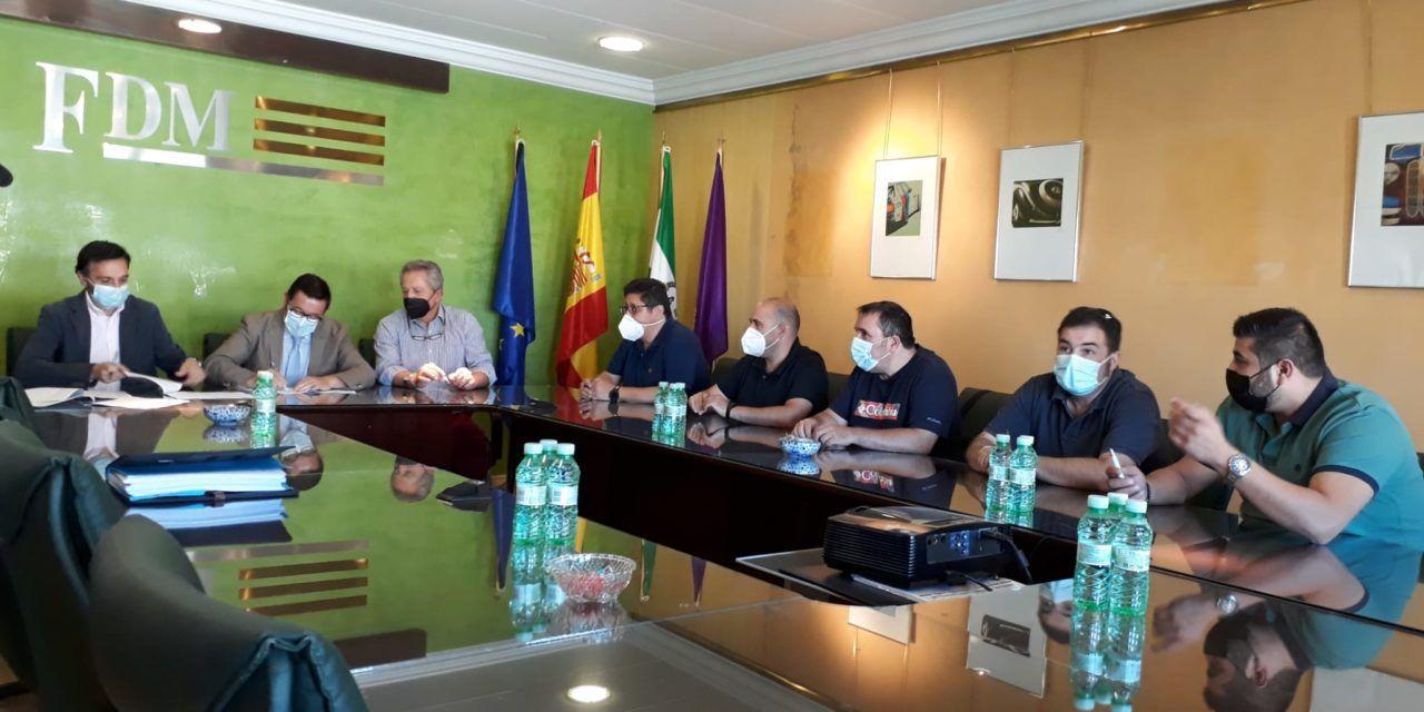 La Junta destaca el consenso entre sindicatos y patronal alcanzado con la firma del Convenio del Metal, con destacados avances para Jaén