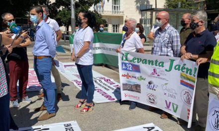 Trece plataformas de la provincia unidas en la iniciativa 'Levanta Jaén'