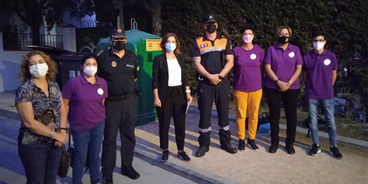 """El Ayuntamiento refuerza la seguridad y la información frente a agresiones, acoso sexual y lgtbifobia en San Lucas con el """"Punto lila"""""""
